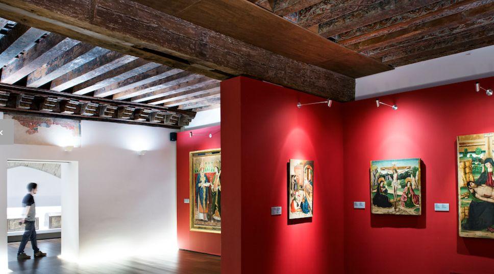 Hoteles en zaragoza los hoteles en zaragoza y el museo for Hoteles familiares en zaragoza capital